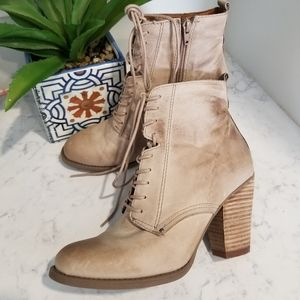 👢ALDO LEATHER ANKLE BOOTIES